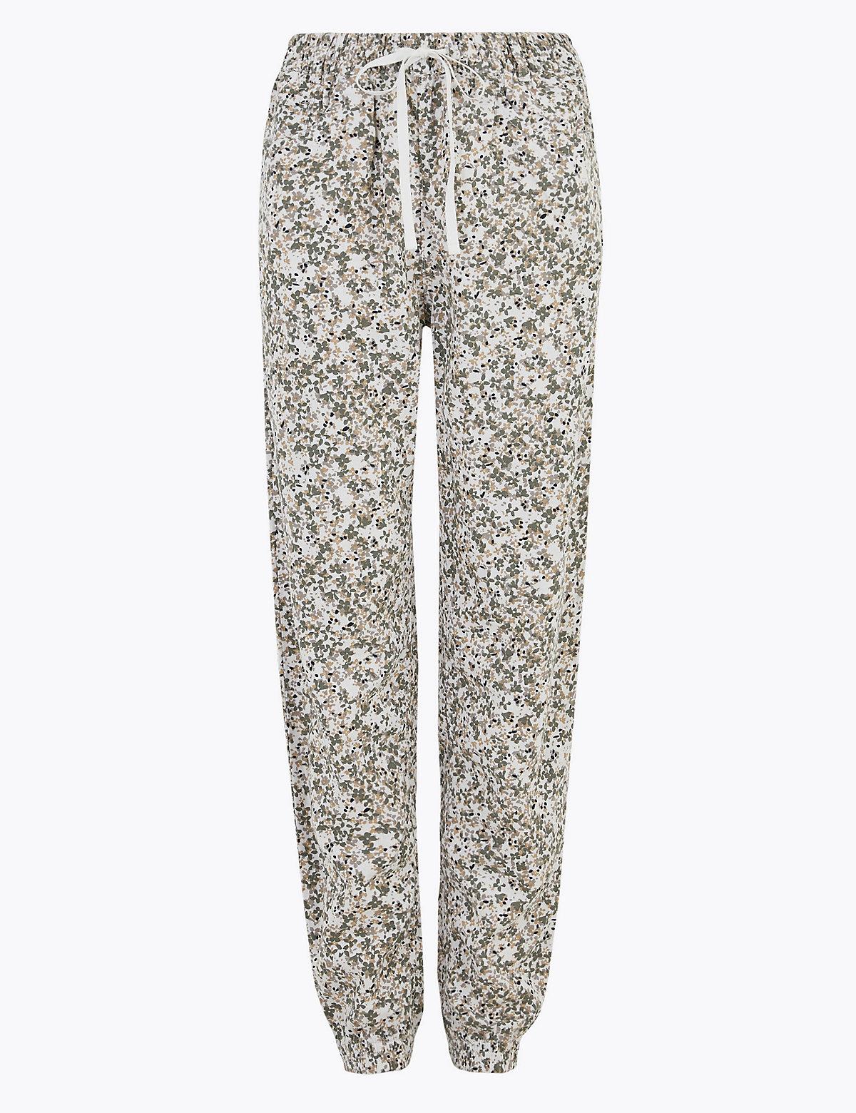 Зауженные брюки из льна с цветочным принтом