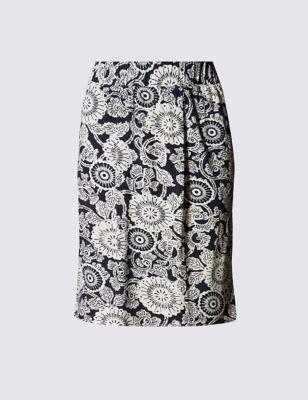 Прямая юбка с монохромным цветочным принтом