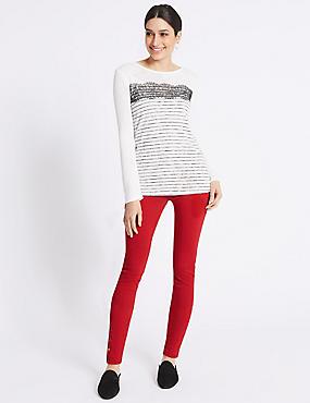 Hem Detail Roma Rise Jeans , RED, catlanding
