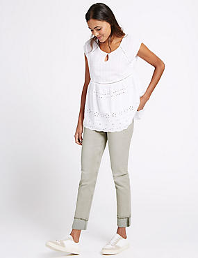 Turn Up Mid Rise Slim Leg Jeans, LIGHT GREY, catlanding