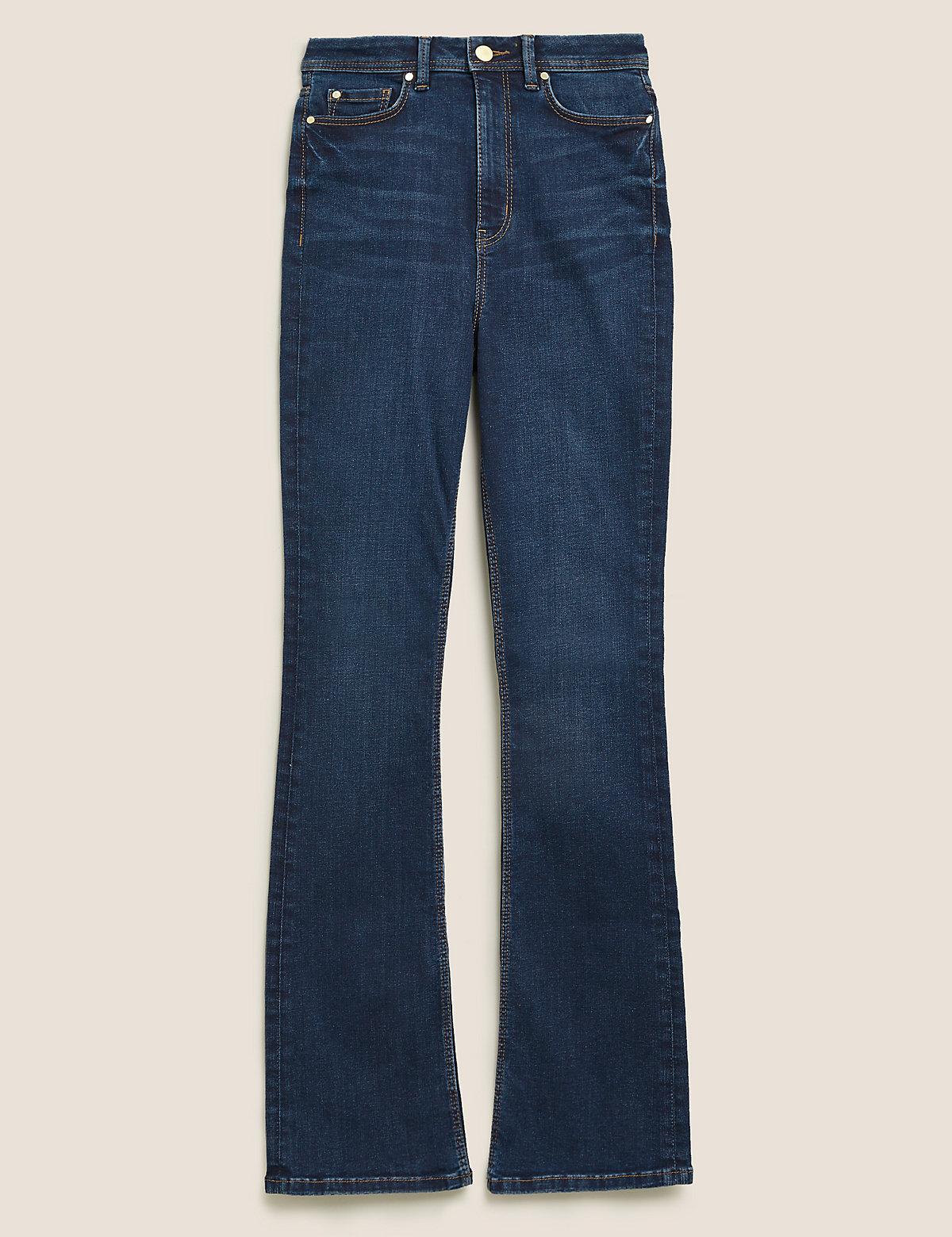 Расклешенные джинсы с высокой талией