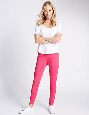 5 Pocket Super Skinny Jeans, RASPBERRY, catlanding