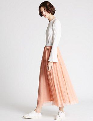 A-Line Mesh Skirt, BLUSH, catlanding