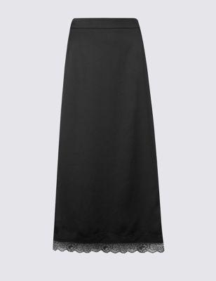 Прямая юбка с кружевной отделкой