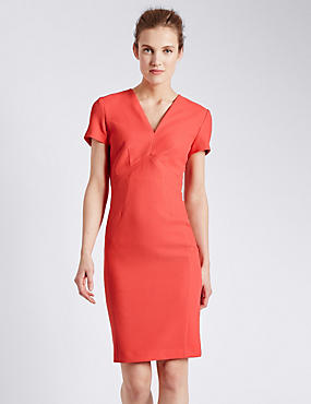 Textured Rear Zip Shift Dress