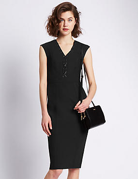 Speziale Seam Shift Dress