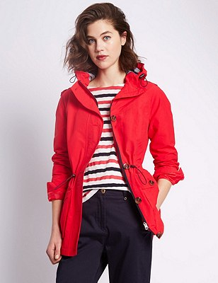 Panelled Mac with Stormwear™, BRIGHT RED, catlanding