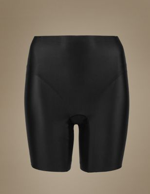 Эластичные облегающие шорты-слиммер с лёгкой степенью коррекции