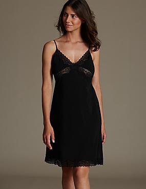 Slinky Isabella Lace Full Slip, BLACK, catlanding