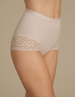 Vintage Lace Low Leg Knickers, ALMOND, catlanding
