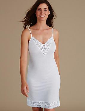 Fond de robe orné de dentelle de style rétro, BLANC, catlanding