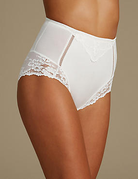Medium Control Lace High Leg Knickers , IVORY, catlanding