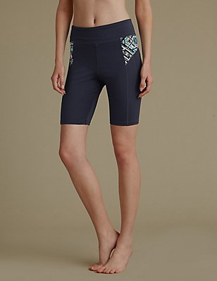 Light Control Cut and Sew Graphic Shorts, GUNMETAL, catlanding