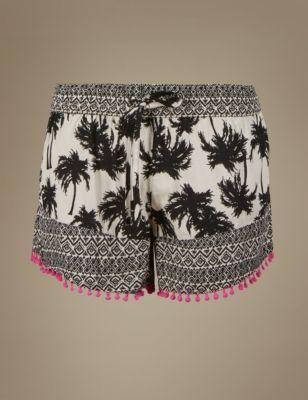 Пижамные шорты из вискозы с монохромным тропическим принтом M&S Collection T371379