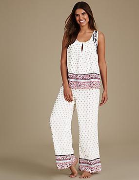 Schlafanzug mit Schulterpolster und Folkloredruck, ROT MELANGE, catlanding