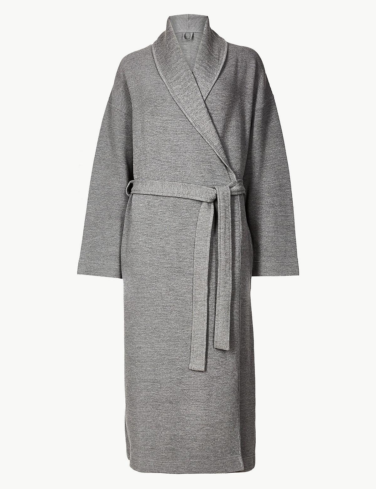 Халат текстурированный M&S Collection. Цвет: темный серый