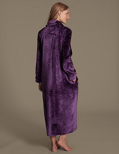 Carved Shimmer Zip Through Long Dressing Gown | M