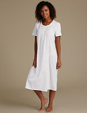Embroidered Dobby Short Sleeve Nightdress, CREAM MIX, catlanding