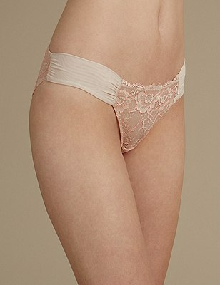 Rio Sweetheart All Over Lace Brazilian Knickers, ALMOND MIX, catlanding