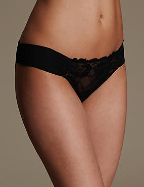 Rio Sweetheart All Over Lace Brazilian Knickers, BLACK, catlanding
