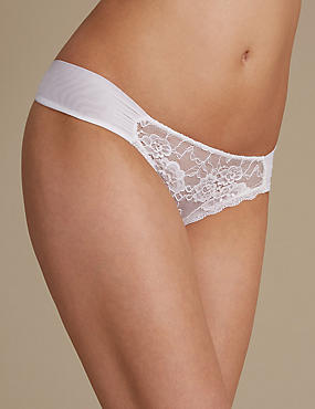 Rio Sweetheart All Over Lace Thong, WHITE, catlanding