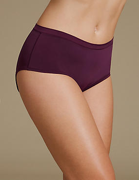 Ultimate Comfort Flexifit Midi Knickers , BLACKCURRANT, catlanding