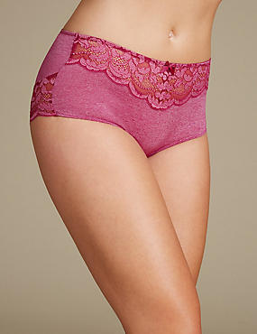 Ornate Lace High Rise Shorts , MAGENTA, catlanding