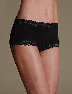 Comfort Lace High Rise Shorts, BLACK, catlanding