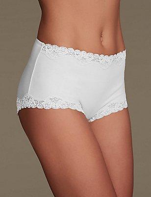 Comfort Lace High Rise Shorts, WHITE, catlanding