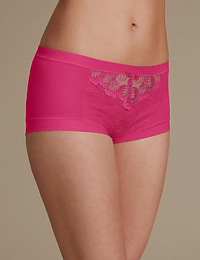 Flora Embroidery High Rise Shorts, CRIMSON, catlanding