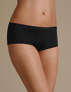 Ultimate Comfort Flexifit Low Rise Shorts, BLACK, catlanding