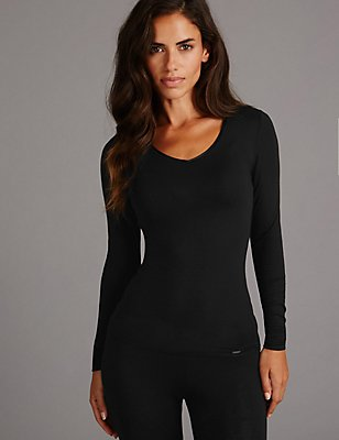 Heatgen™ Thermal V-Neck Top with Cashmere, BLACK, catlanding