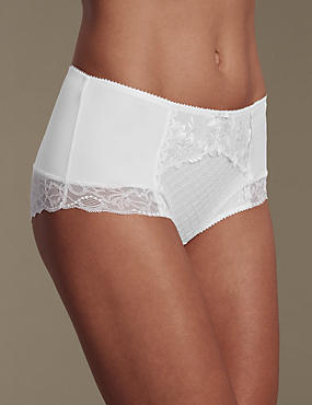 Ophelia Embroidered Flatter-Me™ Shorts with Cool Comfort™ Technology, WHITE, catlanding