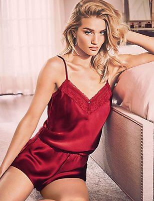 Silk & Lace Teddy, RED, catlanding