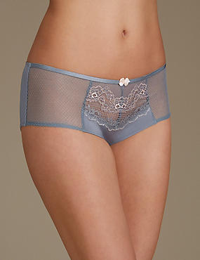 Lace Low Rise Shorts, MID GREY, catlanding