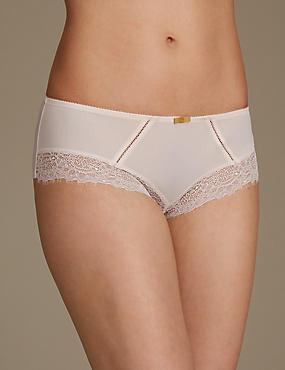 Eyelash Lace Shorts, STONE, catlanding