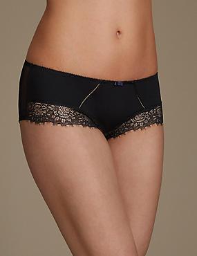 Eyelash Lace Shorts, BLACK, catlanding