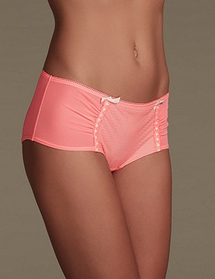 Fearne Textured Low Rise Shorts, VERY PINK, catlanding
