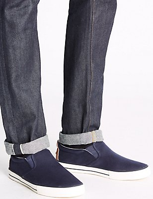 Slip-on Pump Shoes, NAVY, catlanding