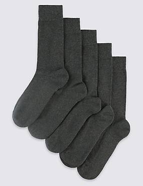 5 Pairs of Freshfeet™ Cotton Rich Socks, CHARCOAL, catlanding