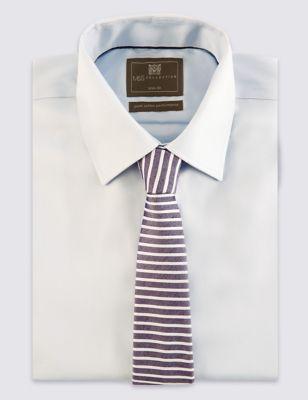 Зауженный галстук в полоску