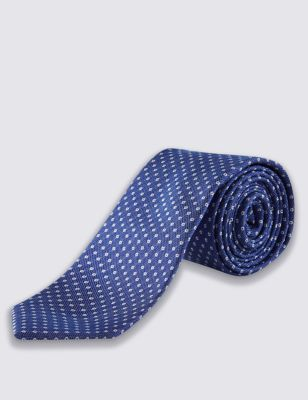 Классический галстук в мелкий горошек