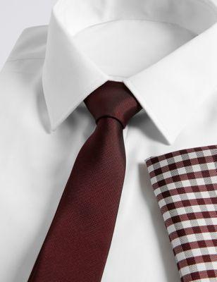 Узкий однотонный галстук и платок в клетку гингам