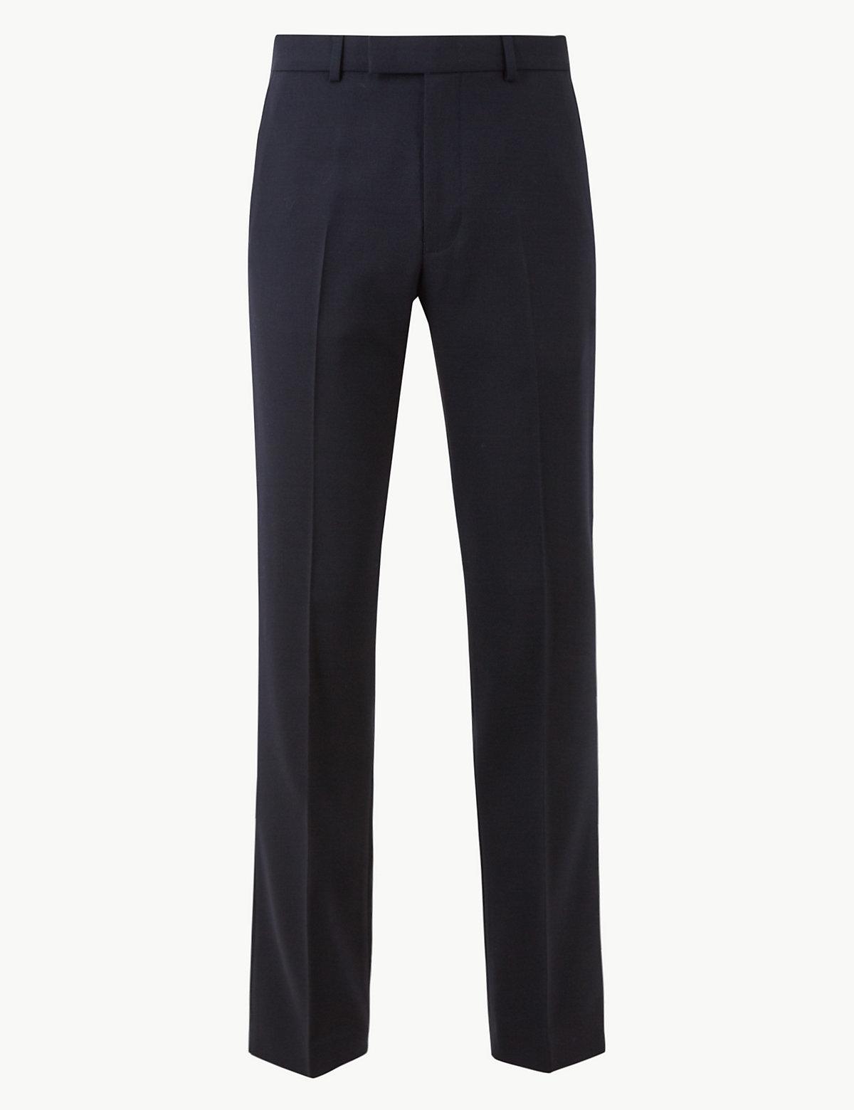 Классические мужские брюки без защипов M&S Collection. Цвет: темно-синий