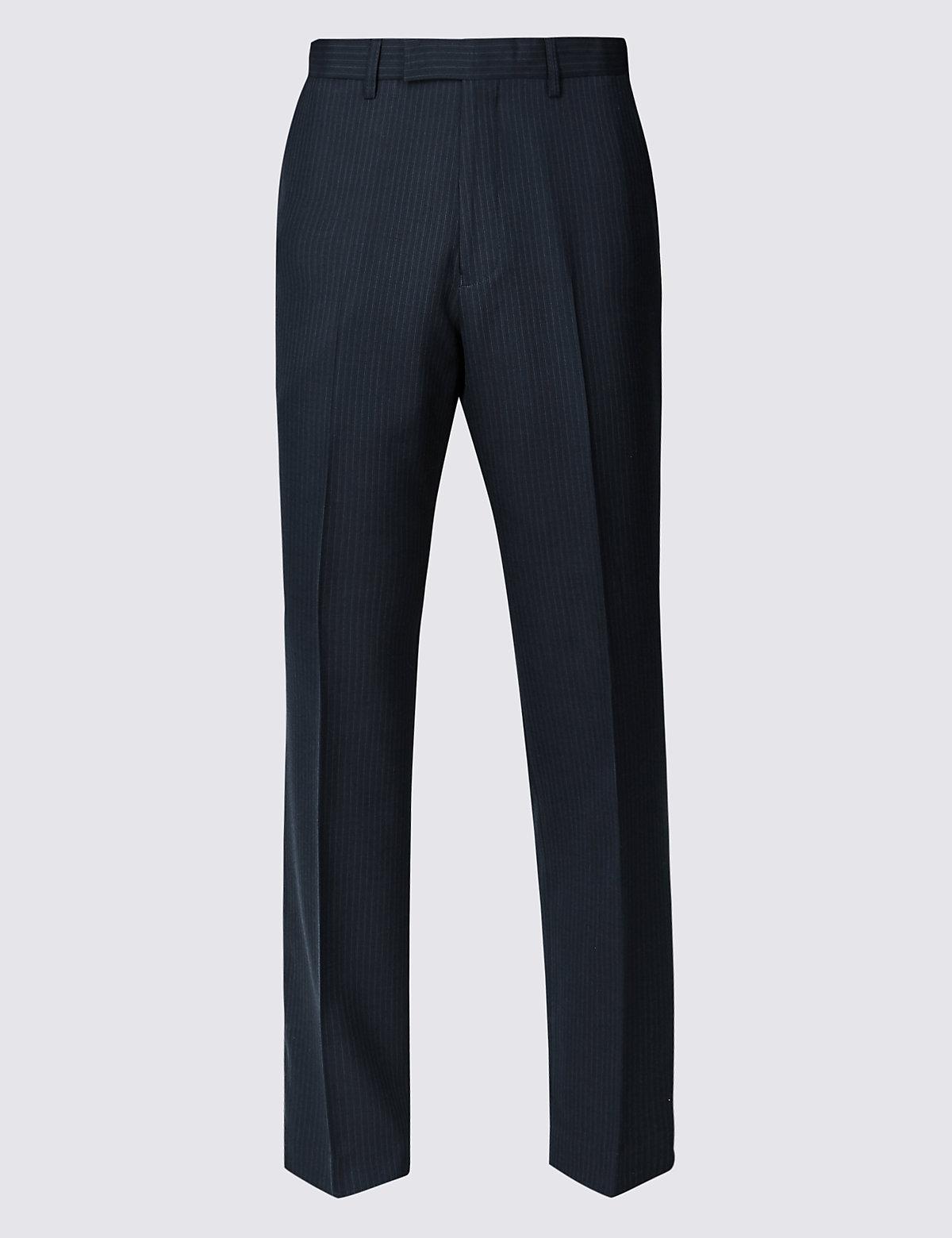 Брюки классического кроя с техологией Activewaist™ и Stormwear™ M&S Collection. Цвет: темно-синий