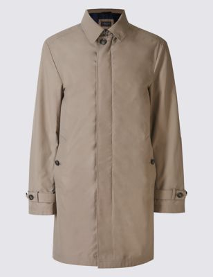 Слегка приталенный макинтош с классическим дизайном и технологией Stormwear™ Limited Edition T165703Q
