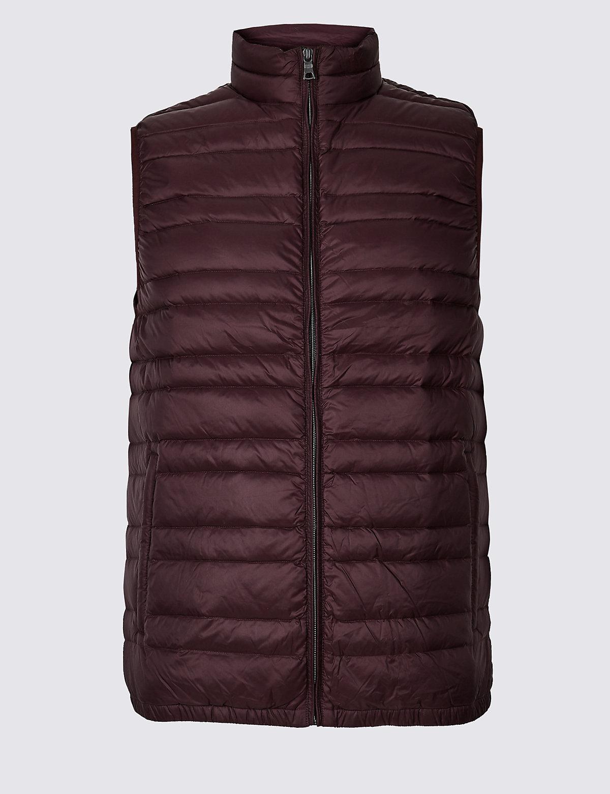 Жилетка мужская Down & Feather с технологией Stormwear™ M&S Collection. Цвет: винный