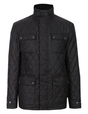 Tailored Fit Herringbone Quilted Jacket with Stormwear™