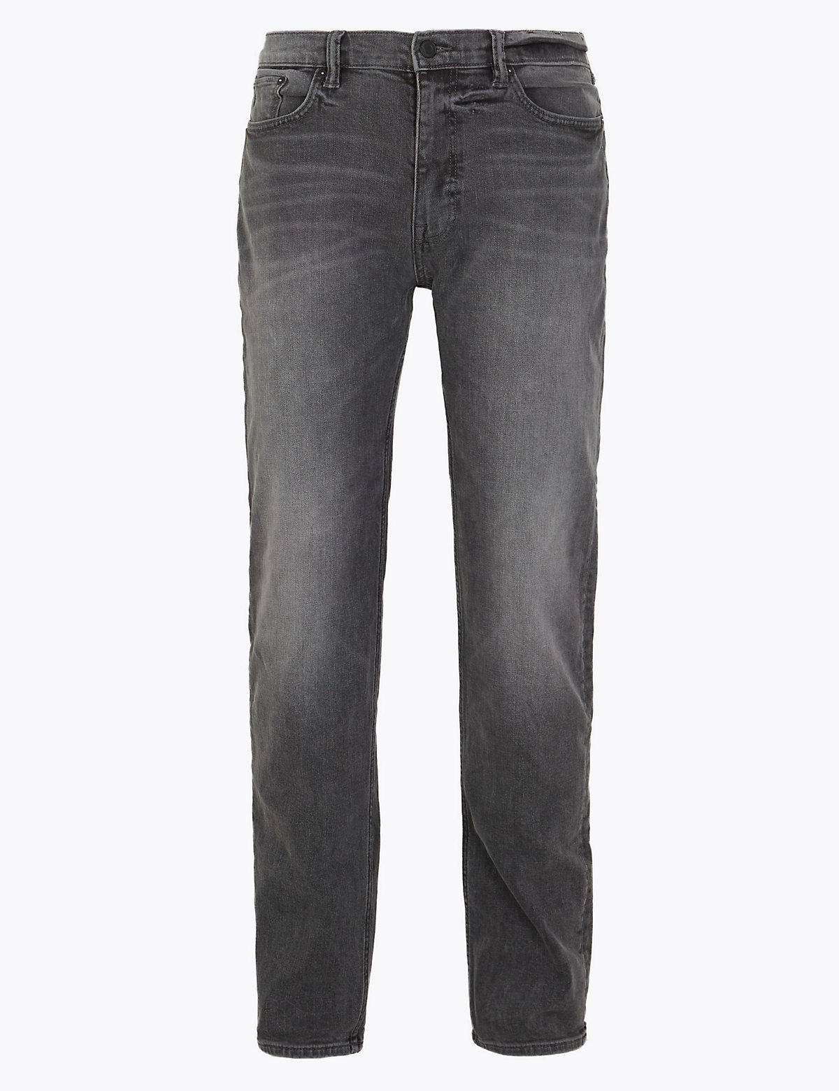 Прямые джинсы с винтажными потертостями