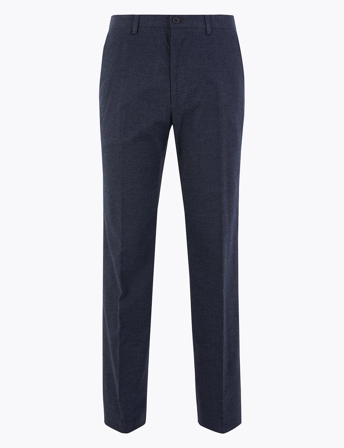 Классические мужские брюки в мелкую клетку M&S Collection. Цвет: индиго